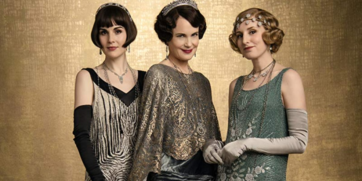 Downton Abbey Cora and her daughters, dressed for dinner