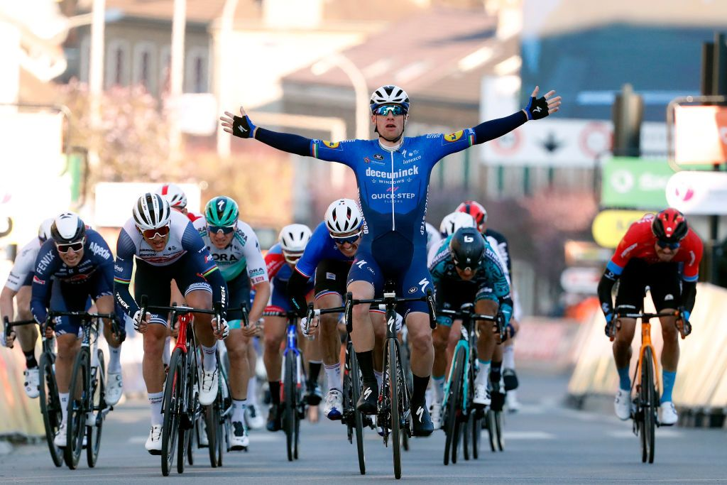 Bennett domina il primo sprint (fonte:Getty Images)