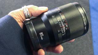 Sirui 85mm f/1.4 ASPH lens