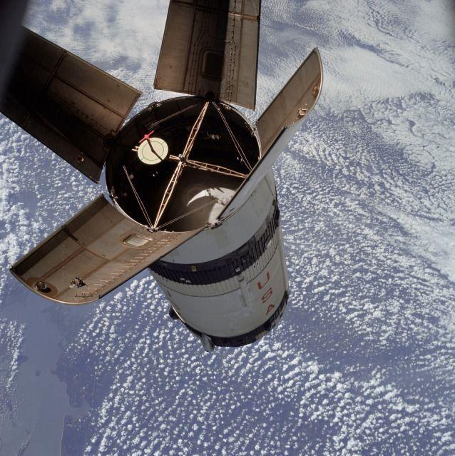 apollo spacecraft plugs out test - photo #23