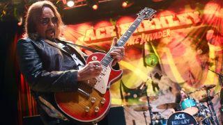Ace Frehley performing in Las Vegas 2016