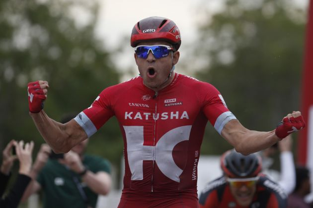 Alexander Kristoff wins stage three of the 2016 Tour of Oman (Sunada)