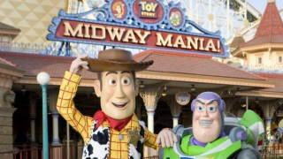 Buzz and Woody walk around characters