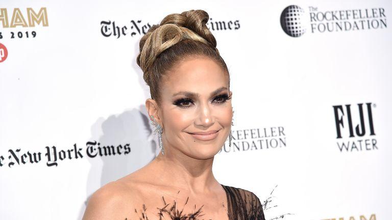 NEW YORK, NEW YORK - DECEMBER 02: Jennifer Lopez attends the 2019 IFP Gotham Awards at Cipriani Wall Street on December 02, 2019 in New York City. (Photo by Steven Ferdman/FilmMagic)