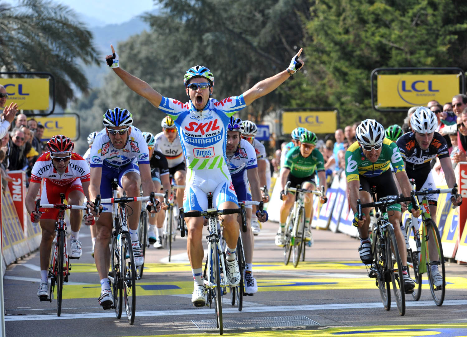 Simon Geschke wins, Criterium International 2011, stage two