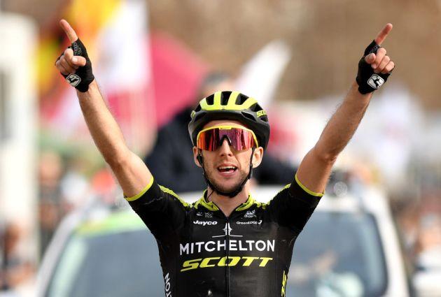 Sensational Simon Yates storms to stage four win of Ruta del Sol