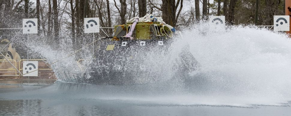 Watch NASA drop an Orion crew spacecraft into a pool today for water impact test