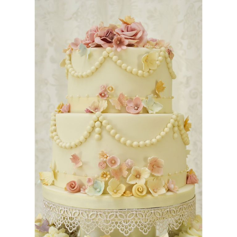 Rosalind Miller vintage beads and butterflies cake