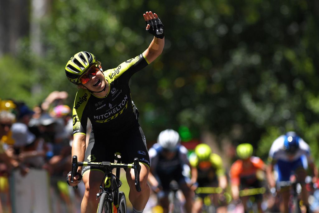 Mitchelton-Scott in charge as Grace Brown wins Tour Down Under stage three
