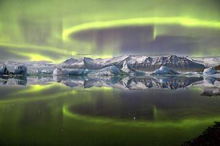 Astronomy Photographer of the Year 2014 Winners (Amazing Photos)
