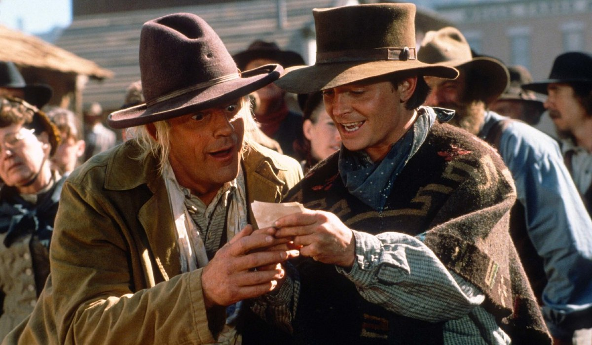 Back To The Future Part III Doc and Marty checking a photograph in the old west