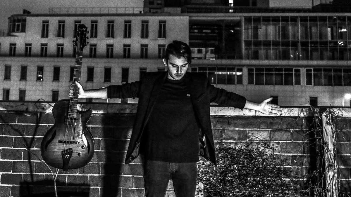 """10 questions for Andreas Varady: """"I once broke two strings in the"""