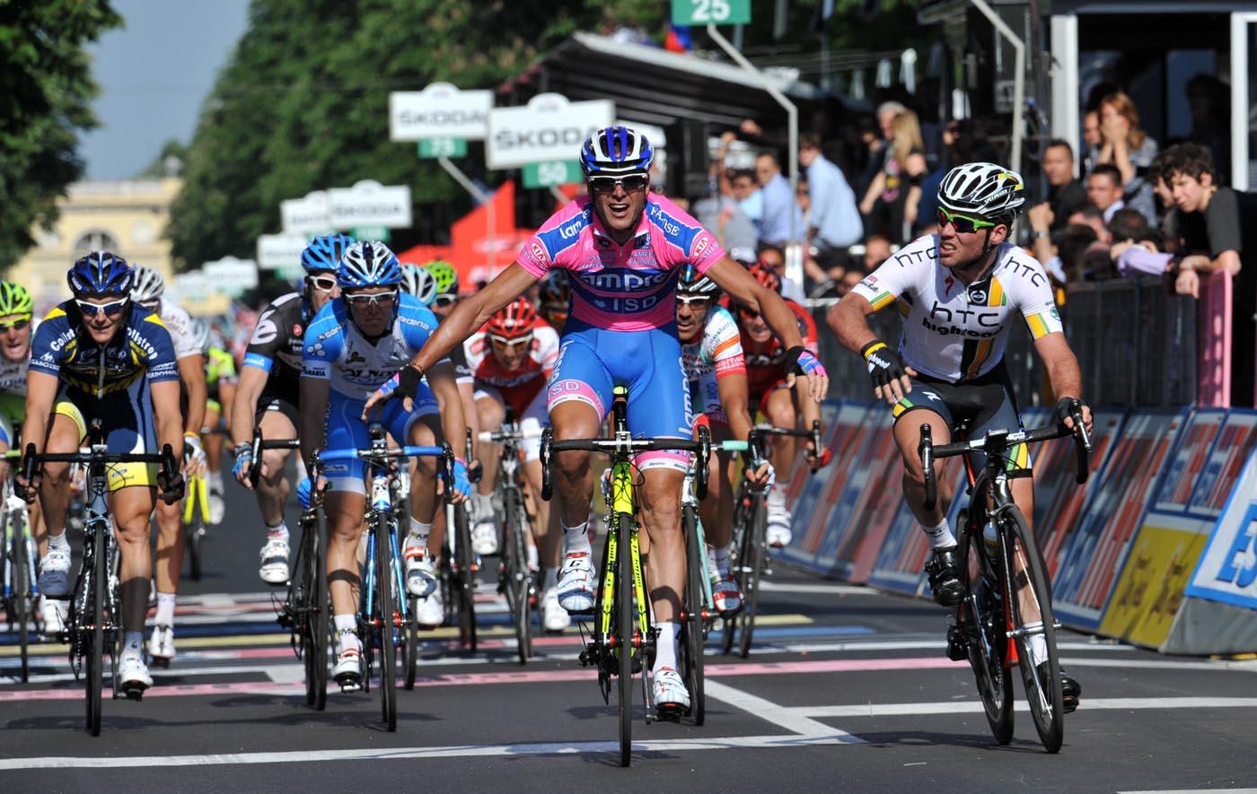 Alessandro Petacchi wins stage, Giro d