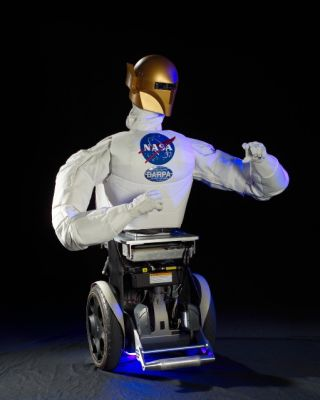 Robonaut B can be attached to a Segway robotic mobility platform to drive on Earth.