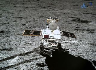 The Yutu 2 Rover seen by the Chang & # 39; e 4 Lander.