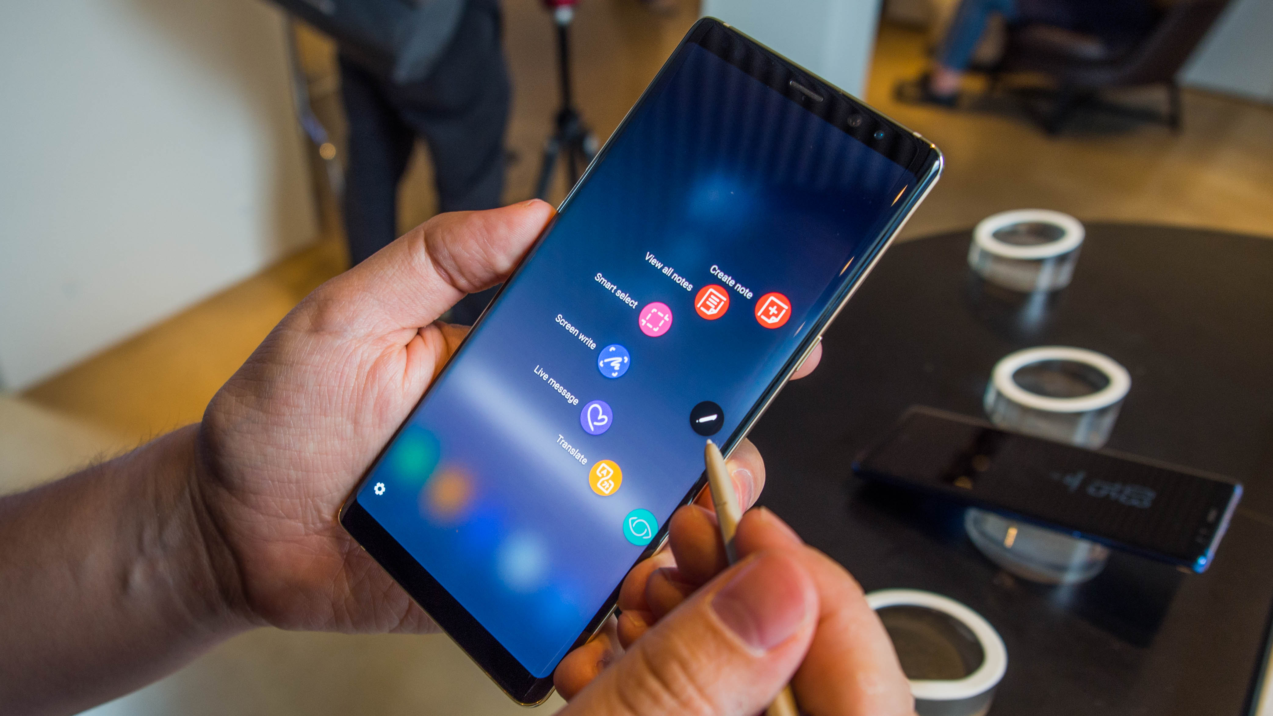 5 reasons samsung galaxy note 8 is worth its ridiculous price