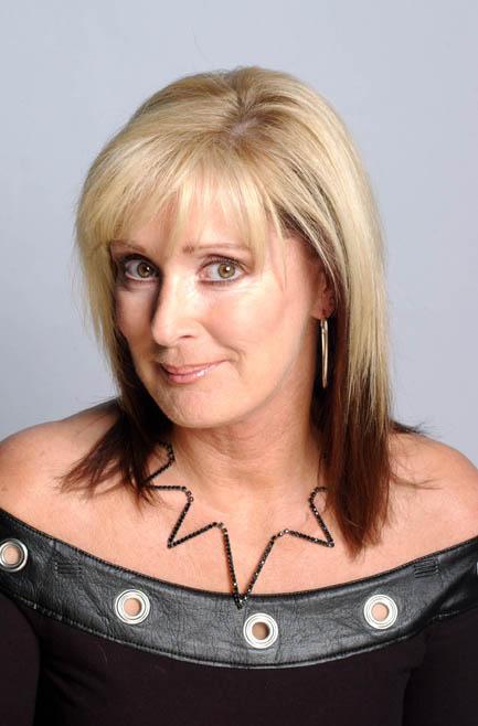 Liz McDonald returns to Coronation Street