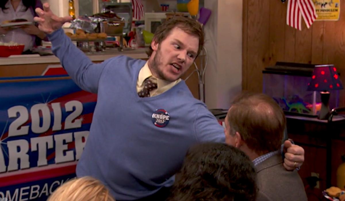 Chris Pratt Road House reenactment in Parks and Recreation Season 4 The Debate