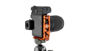 3 Legged Thing supports Nikon Z 50 with Zayla L-bracket