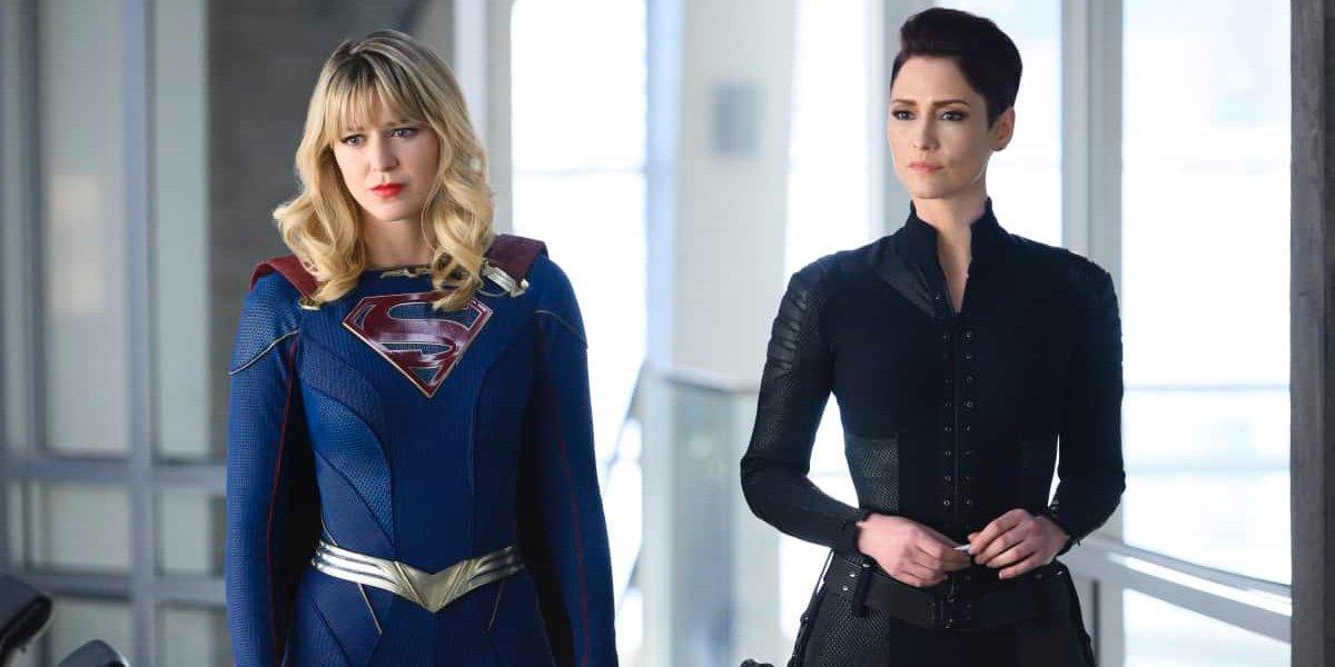 Melissa Benoist as Kara Danvers/Supergirl and Chyler Leigh as Alex Danvers in Supergirl.