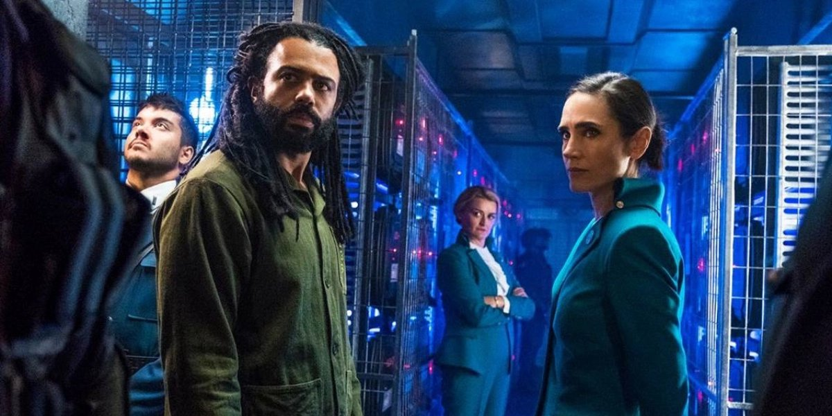 Daveed Diggs and Jennifer Connelly on Snowpiercer