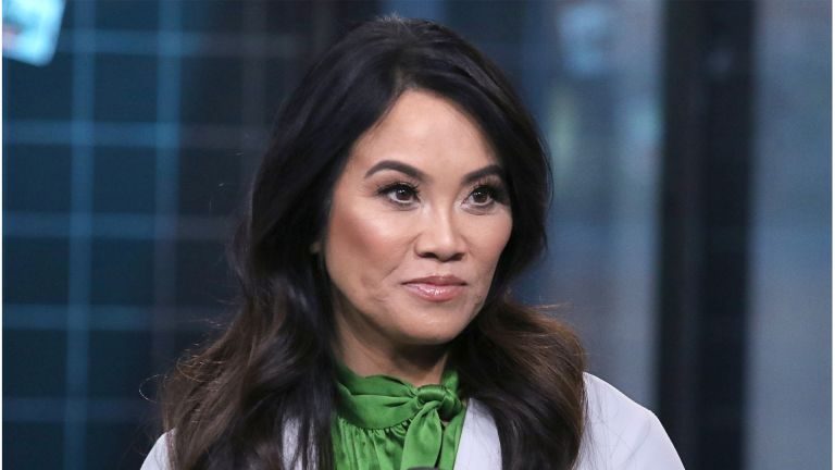 """NEW YORK, NEW YORK - JANUARY 09: Dr. Sandra Lee attends the Build Series to discuss """"Dr. Pimple Popper"""" at Build Studio on January 09, 2020 in New York City. (Photo by Jim Spellman/Getty Images)"""