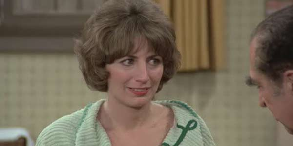 Penny Marshall not dead In Shirley and Laverne