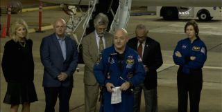 Scott Kelly Gives Speech at Houston Homecoming