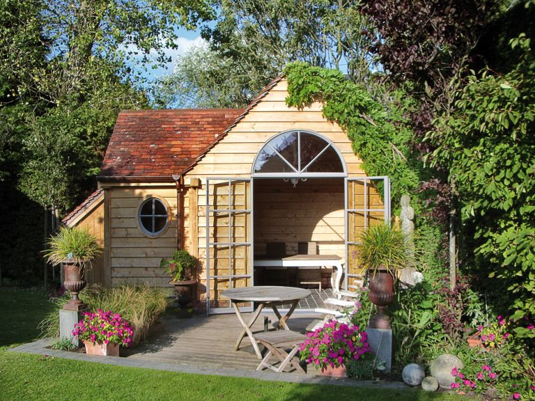 unusual oak frame garden room outbuilding