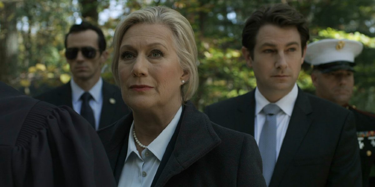 Jayne Atkinson in House of Cards