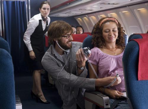 Away We Go - John Krasinski & Maya Rudolph play expectant parents in Sam Mendes's road comedy