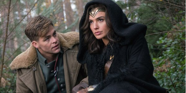Wonder Woman Chris Pine Gal Gadot Scouting