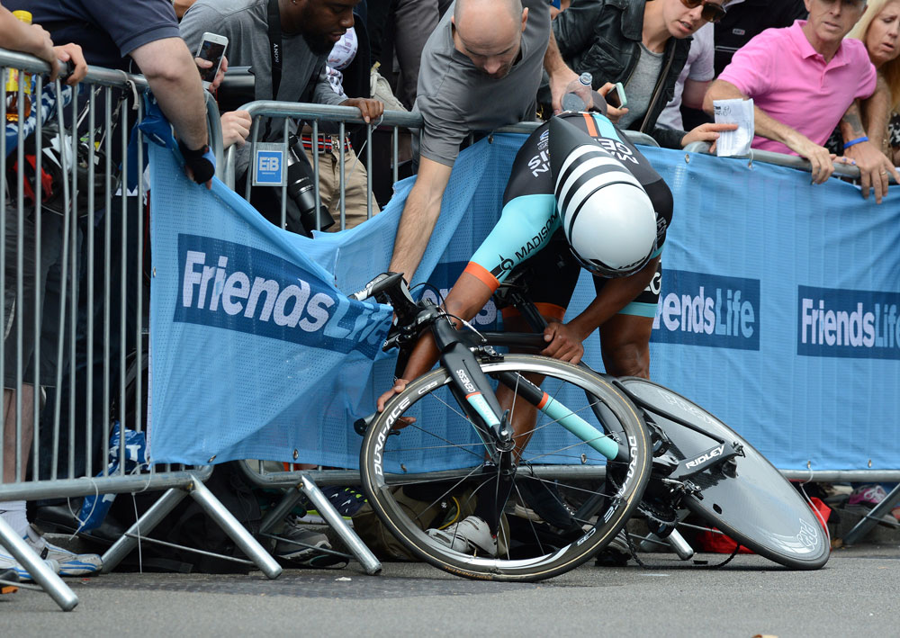Alex Peters crash, Tour of Britain 2014, stage 8a time trial