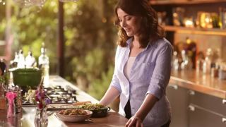 Canon EOS R5 used to shoot Nigella Lawson's new cooking show
