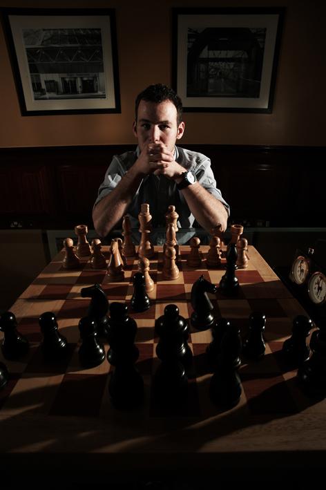 Cavendish plays chess 3