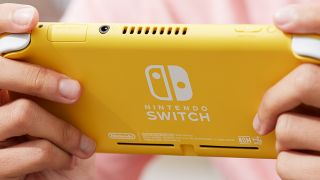 Save £20 on a Nintendo Switch Lite pre-order right now