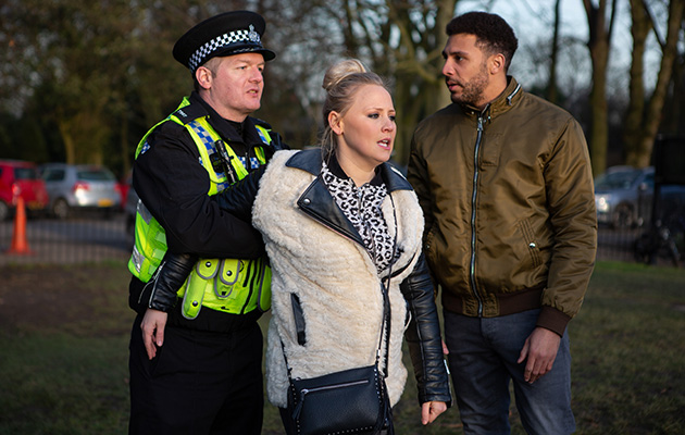 Tracy gets arrested in Emmerdale