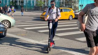 I took an electric scooter to work for a week and now I'm done with walking