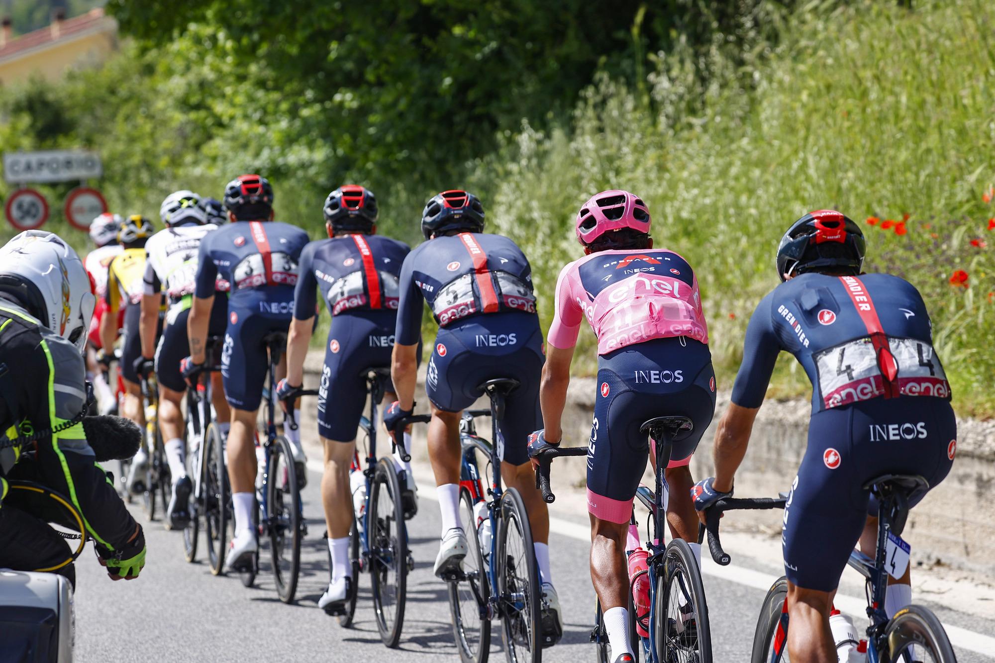 Giro d'Italia 2021 - 104th Edition - 10th stage L'Aquila - Foligno 130 km - 17/05/2021 - Ineos Grenadiers - photo Luca Bettini/BettiniPhoto©2021