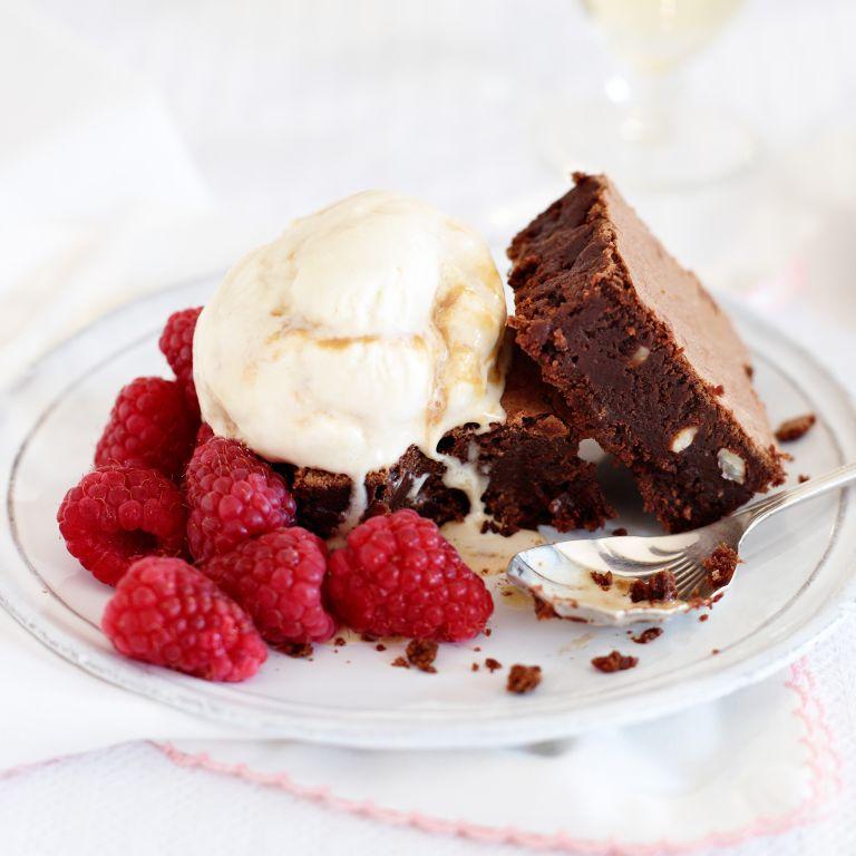 Hazelnut brownies & caramel ice cream-woman and home