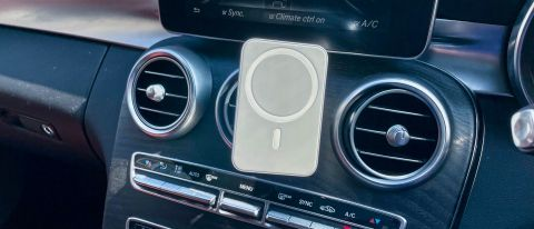 Belkin Car Vent Mount PRO with MagSafe installed on a car dash vent