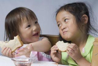 peanut-butter-sandwiches-110708-02