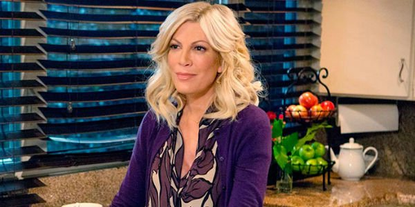 Tori Spelling in Mother May I
