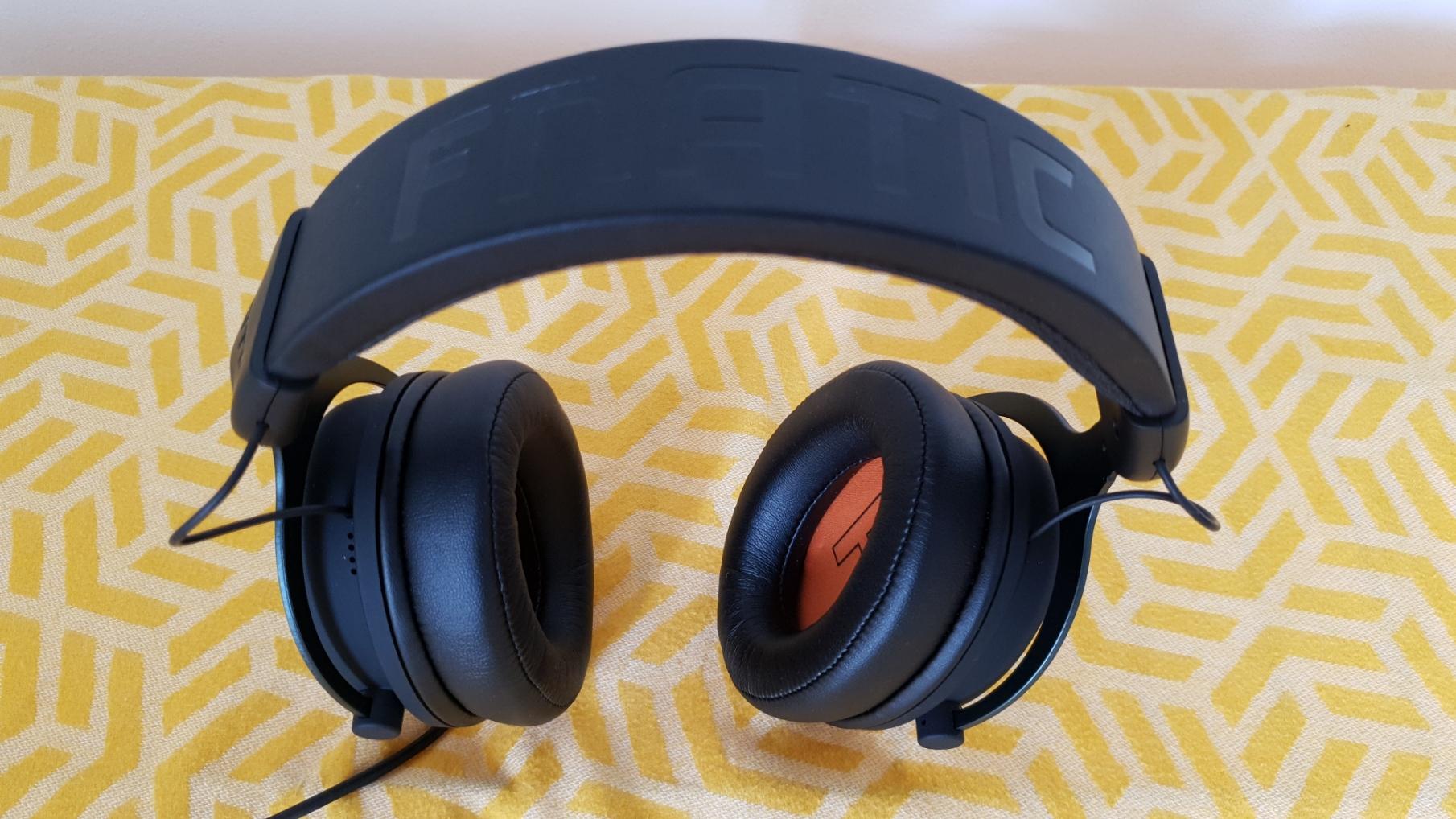 Fnatic React Plus gaming headset