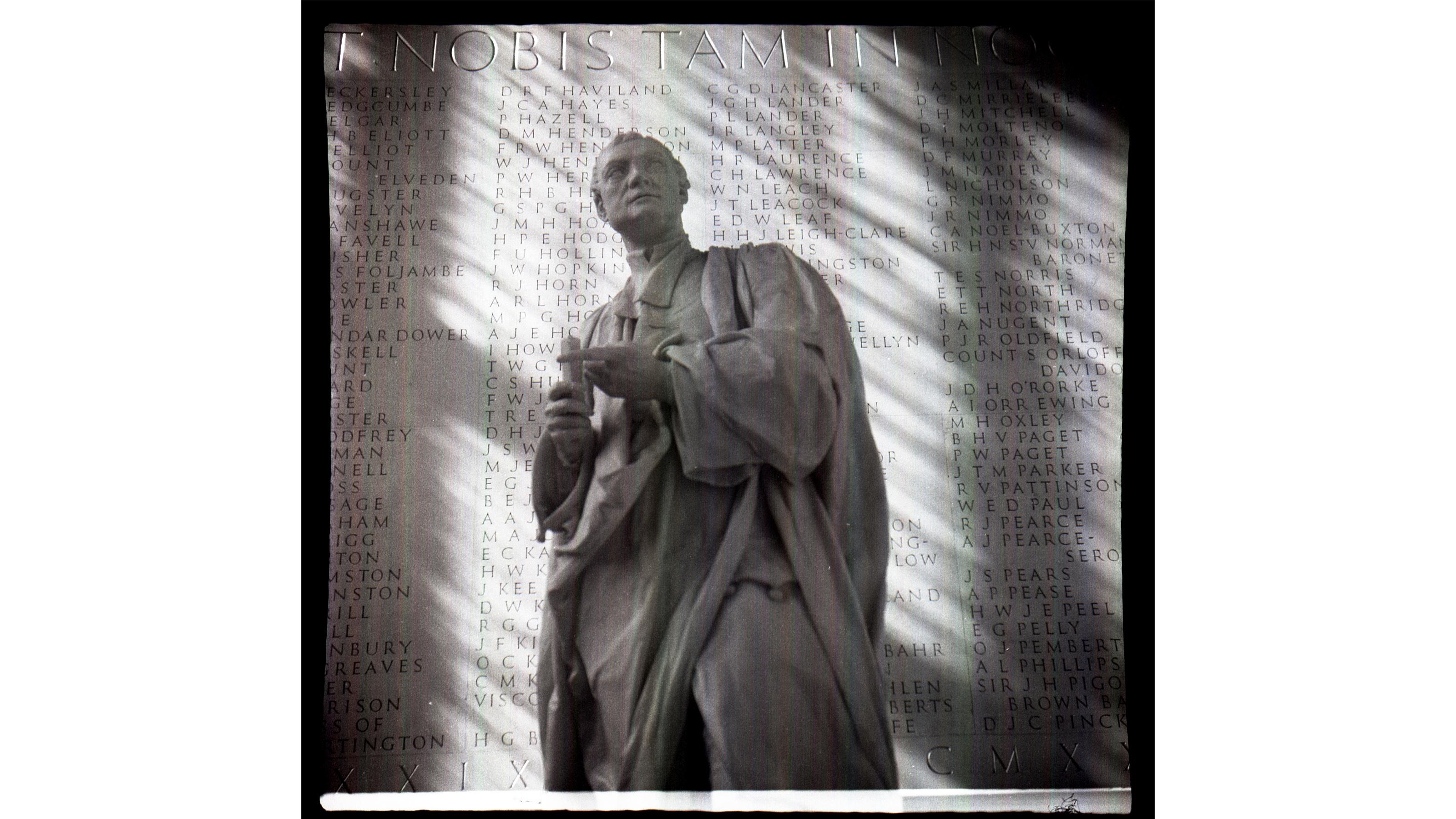 A Roman statue shot using the Purma Special camera