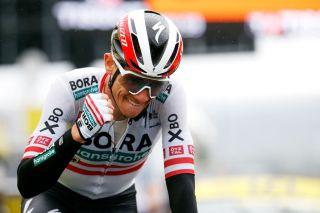 Austrian Patrick Konrad (Bora-Hansgrohe) wins stage 16 from solo breakaway
