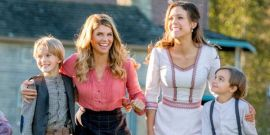 When Calls The Heart Abruptly Wrote Out Lori Loughlin's Abigail, But At Least The Show's Back