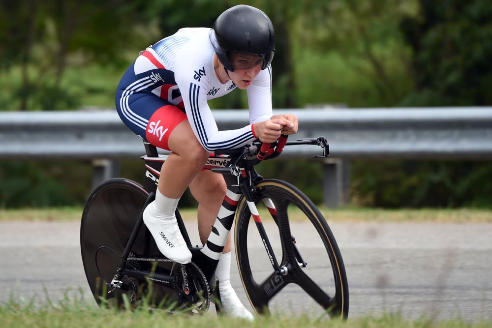 Hayley Simmonds in action during the 2015 Elite Womens TT World  Championships. Photo  Graham 55c2f80b1