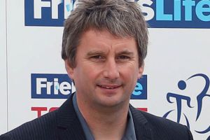 British Cycling CEO Ian Drake to step down