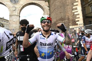 Giro d'Italia 2021 - 104th Edition - 13th stage Ravenna - Verona 198 km - 21/05/2021 - Giacomo Nizzolo (ITA - Team Qhubeka Assos) - photo POOL Fabio Ferrari/BettiniPhoto©2021